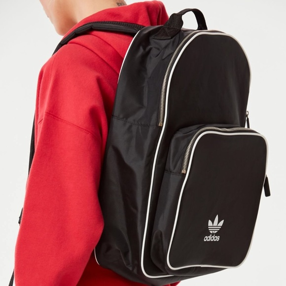 21ff7bf4b4c ... Adidas Originals Adicolor Backpack. M_5b391f59bb7615e2d06e0e80